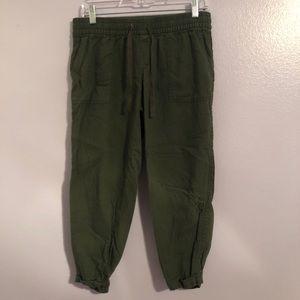 Old Navy Mod-Rise Linen-Blend Cropped Pants